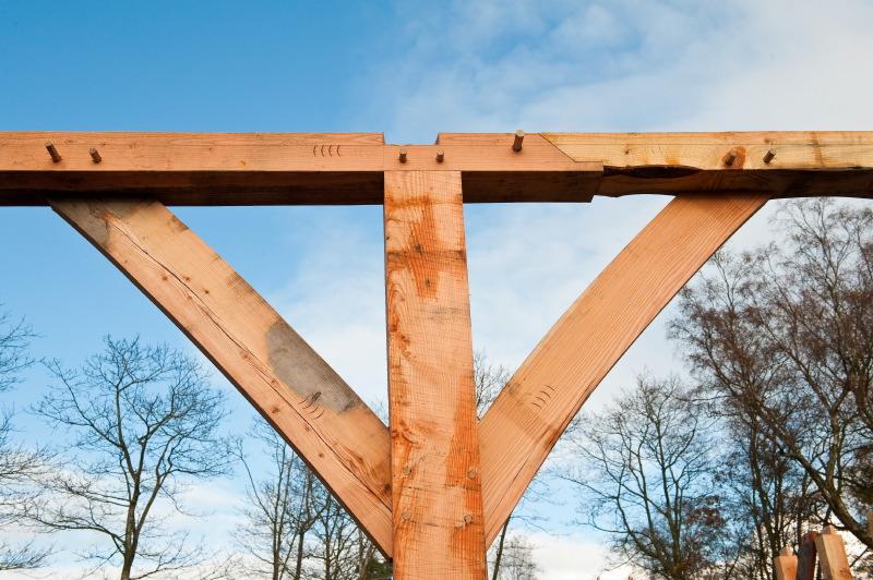 Scarfed Joint Castle Ring Oak Frame