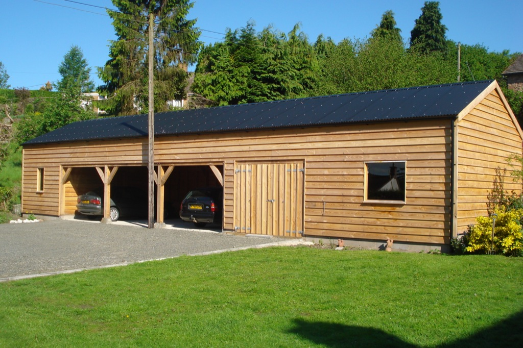 Timber framed replacement barns by Castle Ring Oak Frame