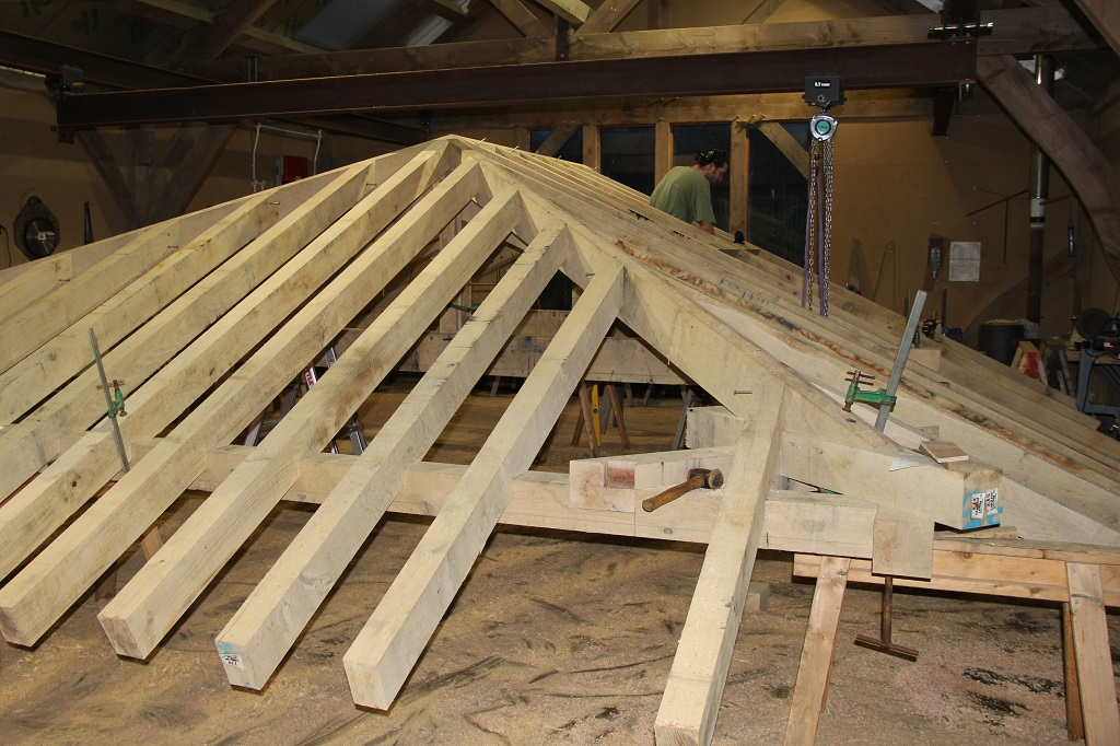 Oak hipped roof timber frame