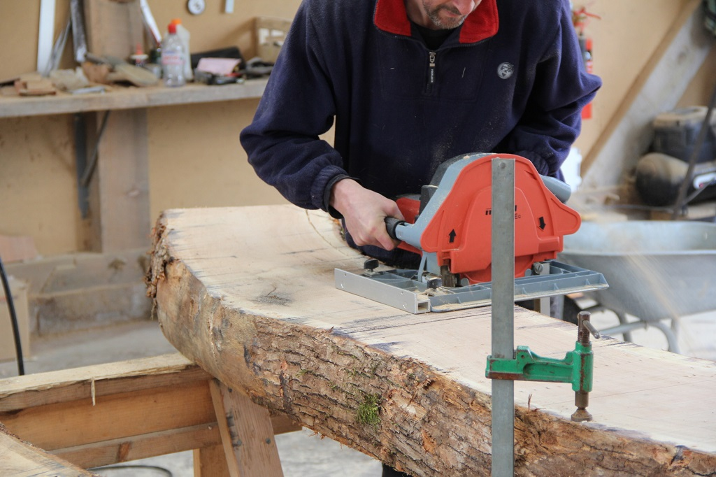 Using a bandsaw timber frame