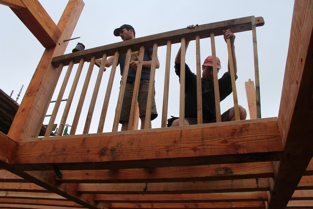 Remembering to install the handrail and balustrade which is part of the frame...